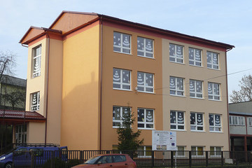 Reconstruction of primary school and kindergarten in Topoľovka